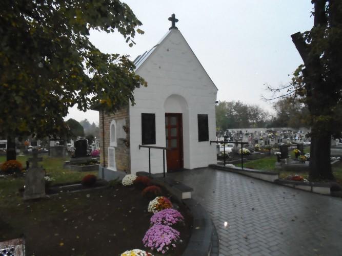 A Rhein-Neckar-Zeitung temetőkápolna felújításáról