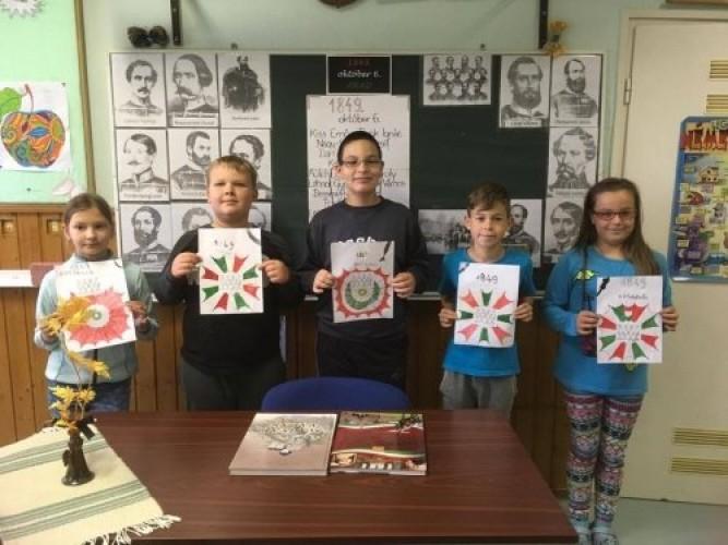 Új iskolai képek: gesztenyeszedés, könyvtári nap, október 6-i megemlékezés