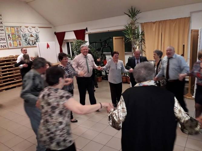 Az eneseiekkel nőnapoztak a győrsövényházi nyugdíjasok