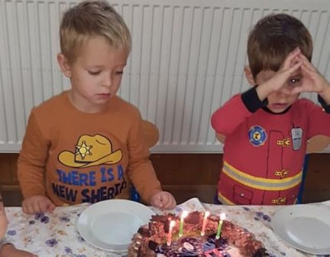 Jós Jánost köszöntötték 4. születésnapja alkalmából