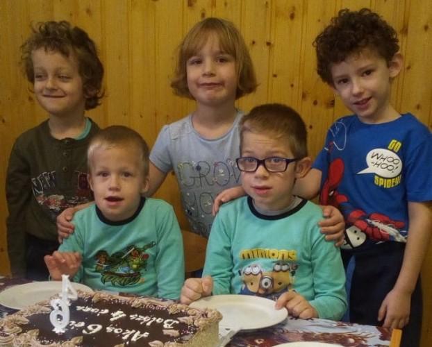 Dupla születésnapi köszöntés az óvodában