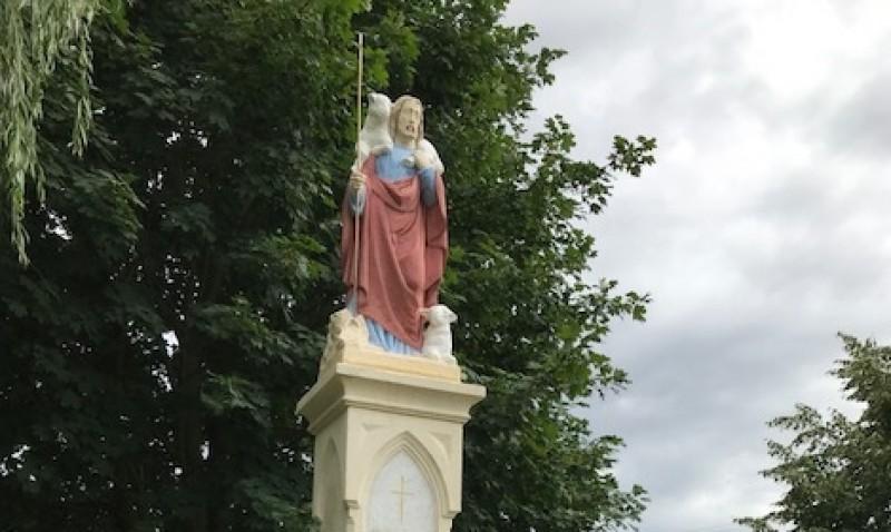 Nálunk járt a Jó pásztor szobor alkotójának leszármazottja