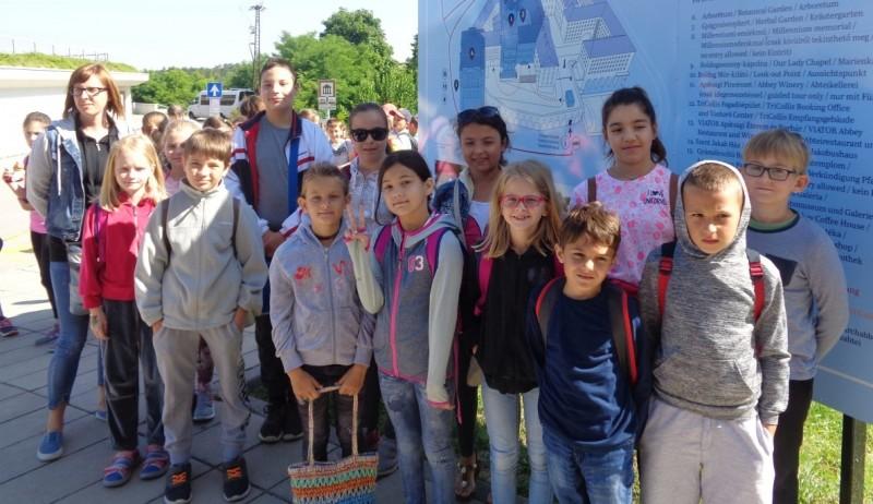 Győrsövényházi diákok is voltak az enesei iskola úszótáborában