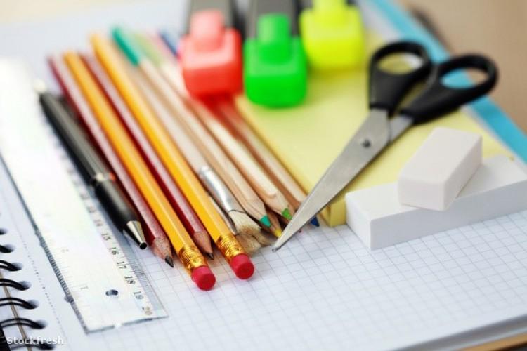 Iskola- és óvodakezdési támogatás a győrsövényházi családoknak