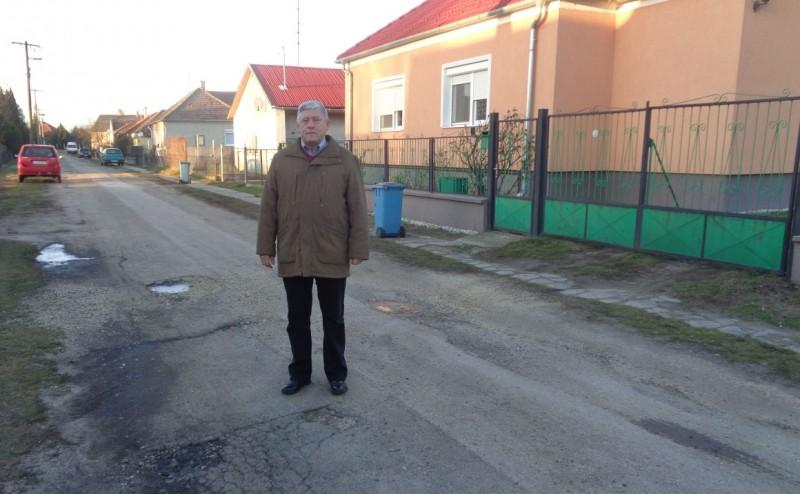 A Kisalföld írt a győrsövényházi utcafelújításról is