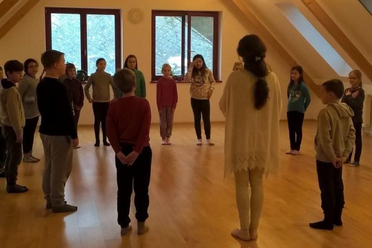 Euritmia-foglalkozáson vettek részt a győrsövényházi diákok
