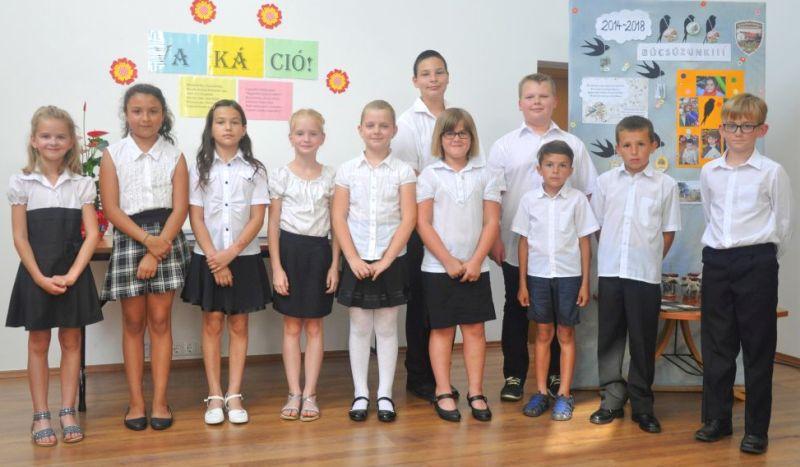Tanévzáró ünnepséget tartott az általános iskola