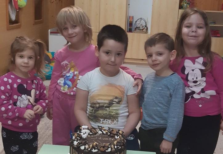 Magyar Bálintot köszöntötték 5. születésnapja alkalmából