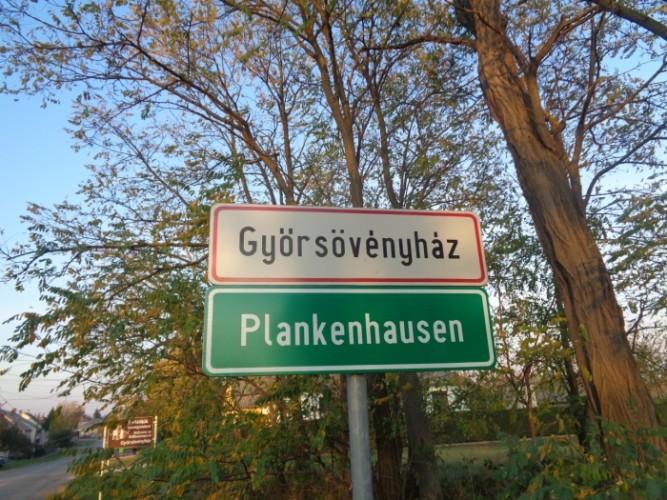 Német nyelvű falutáblák kerültek ki